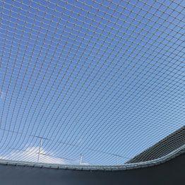 Rete su misura per prototipo multiscafo vista dal basso